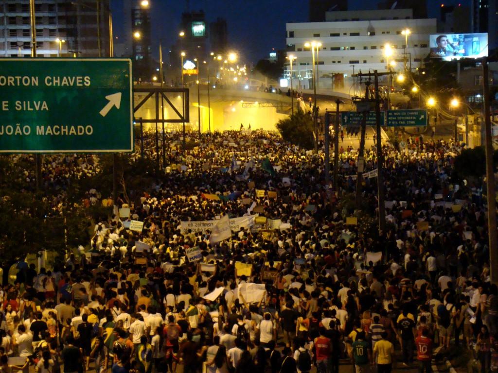 Protesto_20_de_junho_de_2013_em_Natal