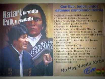 Imagem 3 – Reprodução de cartaz exposto em prédio municipal de Sica Sica (Bolívia) - Fonte: Maurício Hashizume  (2008)